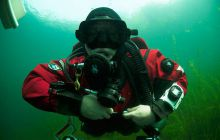 <h3>Dry Suit Diving Training</h3>